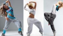 танцующие женщины